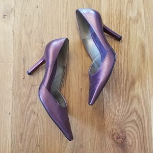 BCBG plum heels